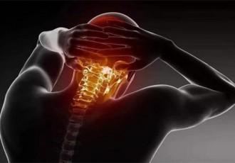 耸耸肩膀可以防治颈椎病