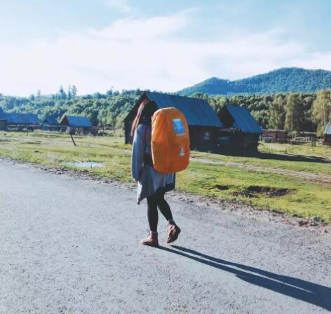 背包重量不宜过重
