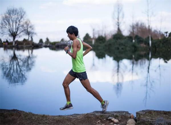 慢跑前应先做准备活动.jpg